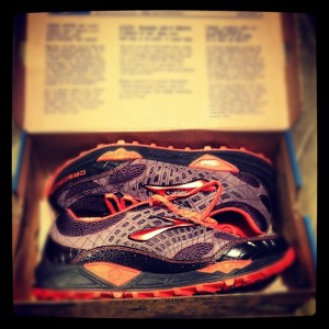 Trail Running Shoe Brooks Cascadia 7 Death Race Shoe