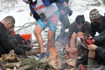 fire warmth feet frozen frost bite winter death race